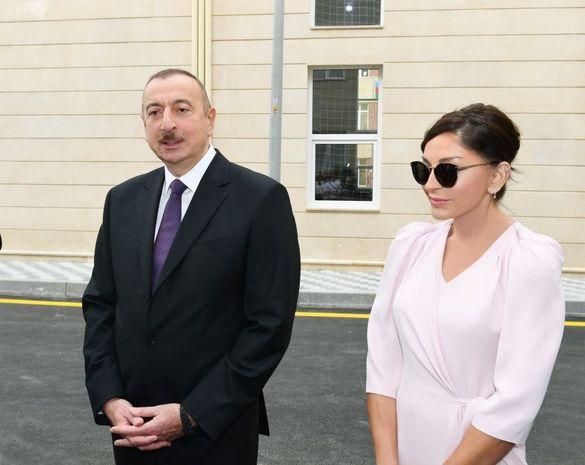 İlham Əliyev və Mehriban Əliyeva UNEC-in yenidən inşa olunan korpusunun açılışında