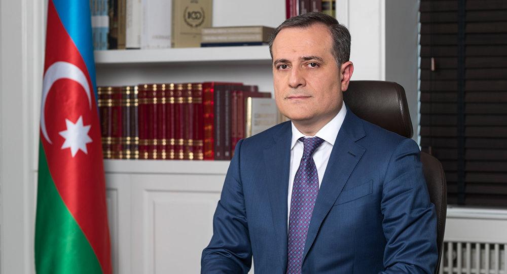 Ceyhun Bayramov Çavuşoğlu ilə üçtərəfli bəyanatı müzakirə etdi