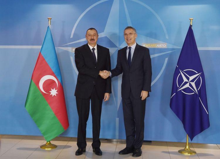 Prezident İlham Əliyev NATO baş katibini Azərbaycana dəvət edib