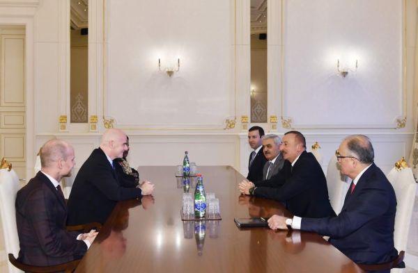 Prezident İlham Əliyev FIFA-nın prezidentini və baş katibini qəbul edib