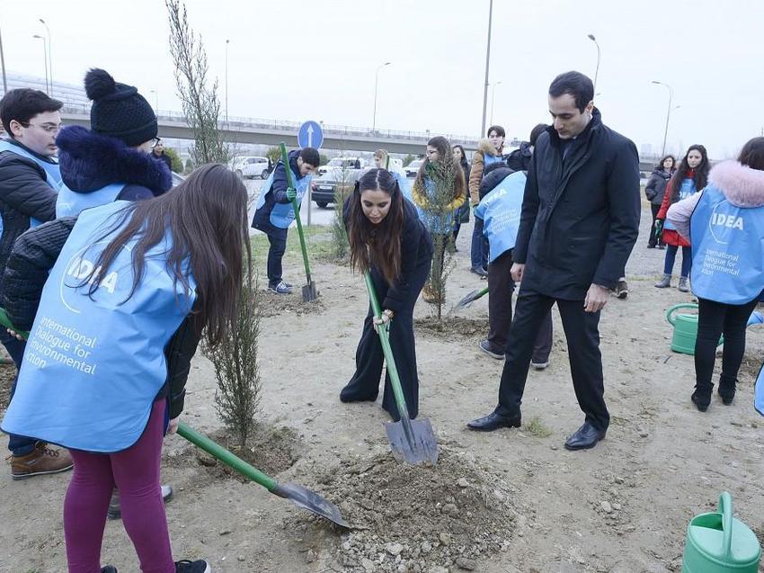 """Leyla Əliyeva """"Xocalıya ədalət!"""" kampaniyası çərçivəsində ağacəkmə aksiyasında iştirak edib"""