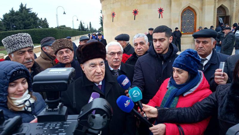 """Fəttah Heydərov: """"Xalqımız şəhidlərimizin əziz xatirəsini hər zaman uca tutacaq""""."""