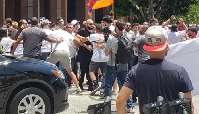 Los-Ancelesdə ermənilər azərbaycanlılara hücum etdi, yaralananlar var