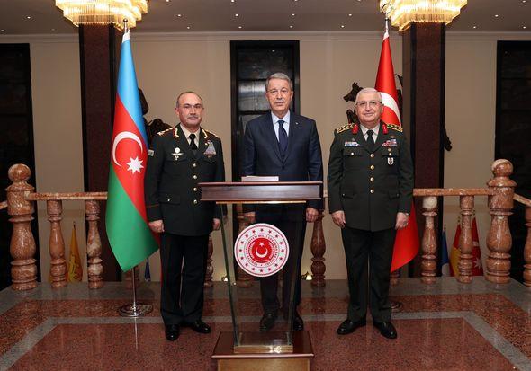 Kərəm Mustafayev Hulusi Akarla görüşdü