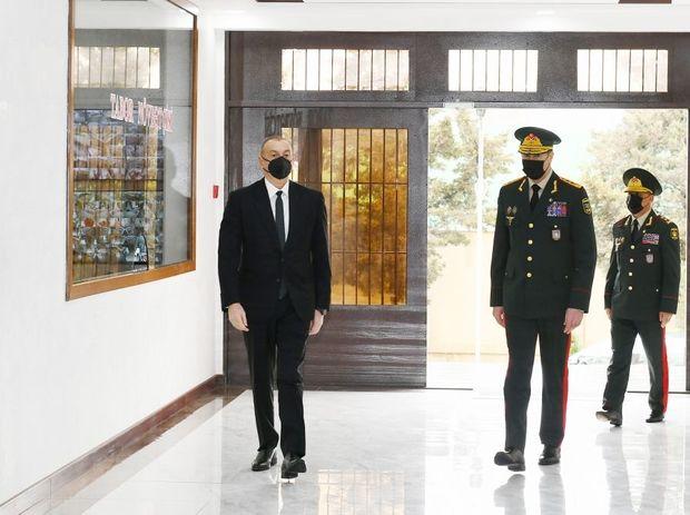 İlham Əliyev yeni hərbi hissənin açılışında