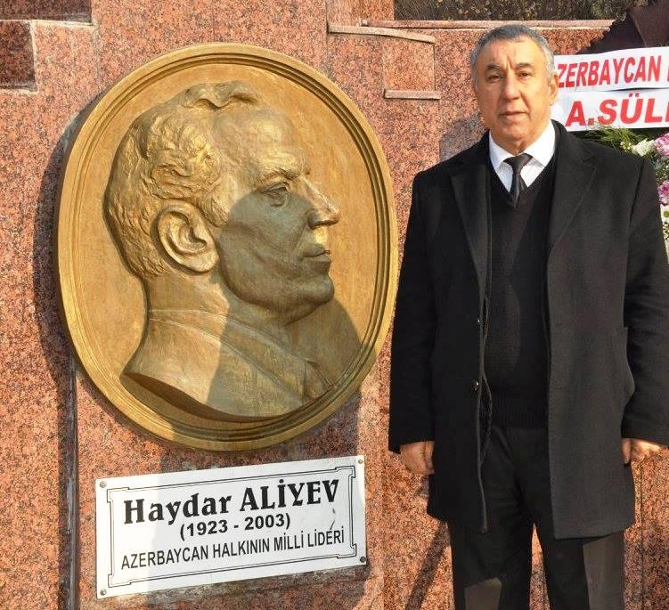 Sərdar Ünsal: «Heydər Əliyev türk dünyasının ən böyük liderlərindən biridir»